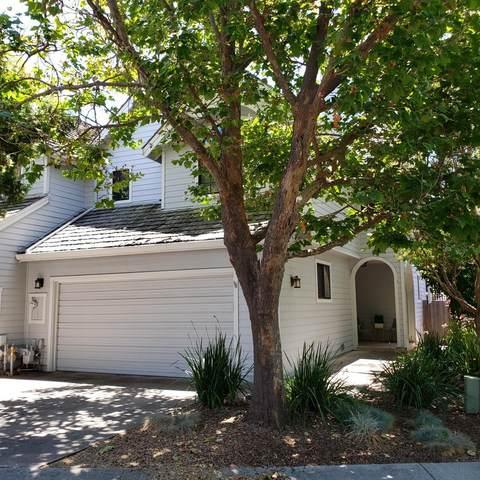 119 Southampton Ln B, Santa Cruz, CA 95062 (#ML81800650) :: Robert Balina | Synergize Realty