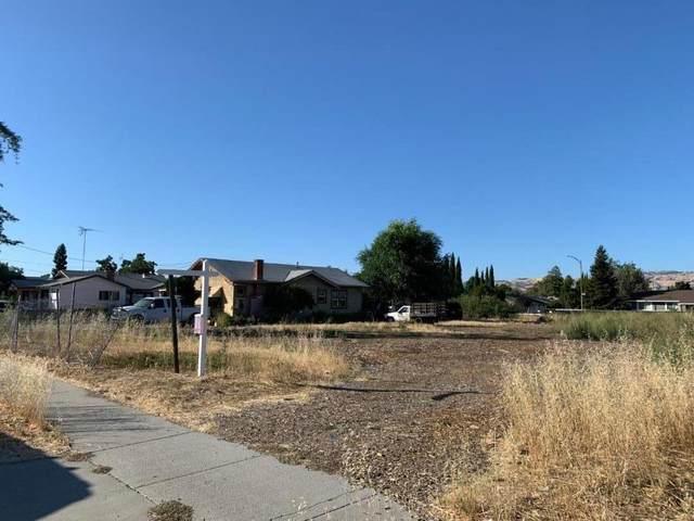 2492 Mclaughlin Ave, San Jose, CA 95121 (#ML81800673) :: Intero Real Estate