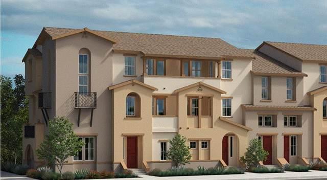 21 Lisbon Ln, Redwood City, CA 94063 (#ML81800711) :: Strock Real Estate