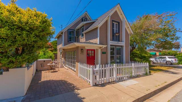 410 7th St, Pacific Grove, CA 93950 (#ML81800840) :: The Kulda Real Estate Group