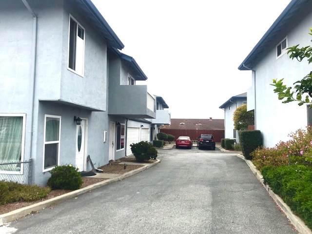 3157 Lynscott Dr 5, Marina, CA 93933 (#ML81800999) :: Strock Real Estate