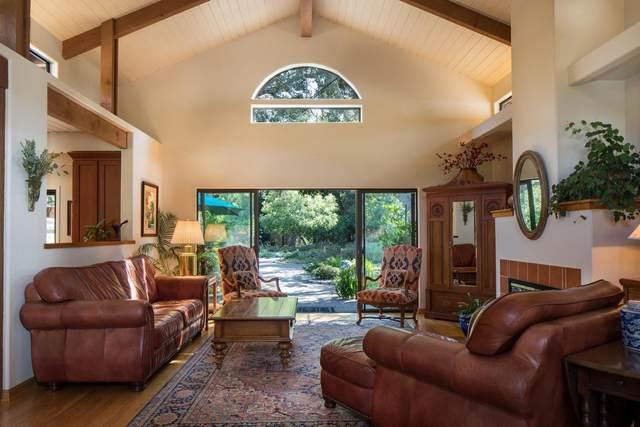 9 E Garzas Rd, Carmel Valley, CA 93924 (#ML81801422) :: Alex Brant Properties