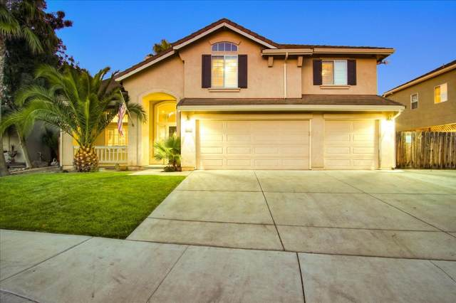1141 Cypress St, Hollister, CA 95023 (#ML81803489) :: The Realty Society