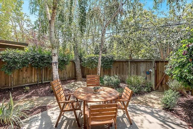 3435 Benton St, Santa Clara, CA 95051 (#ML81803828) :: Live Play Silicon Valley