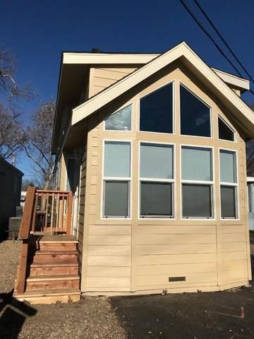621 E Lockeford St 38, Lodi, CA 95240 (#ML81803841) :: Alex Brant Properties