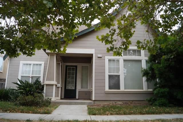 217 Beech Ave, Greenfield, CA 93927 (#ML81804050) :: Robert Balina | Synergize Realty