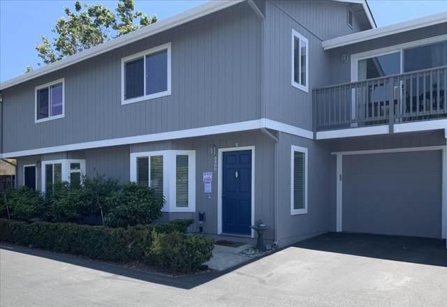 3900 Bramble Ln E, Santa Cruz, CA 95062 (#ML81804080) :: Alex Brant Properties