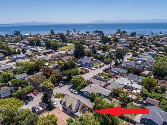 737 37th Ave, Santa Cruz, CA 95062 (#ML81804210) :: Alex Brant Properties