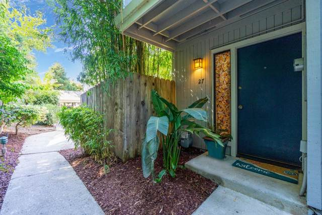 1200 Capitola Rd 27, Santa Cruz, CA 95062 (#ML81804395) :: The Kulda Real Estate Group