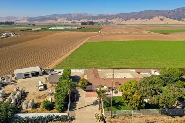 2317 Alisal Rd, Salinas, CA 93908 (#ML81804497) :: Strock Real Estate