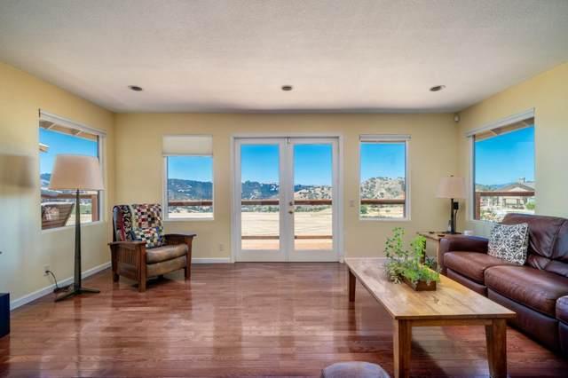 26485 Tierra Vista Ln, Salinas, CA 93908 (#ML81804521) :: Intero Real Estate