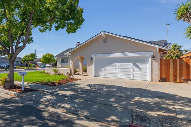 1410 Alta Vista Way, Hollister, CA 95023 (#ML81804890) :: The Realty Society