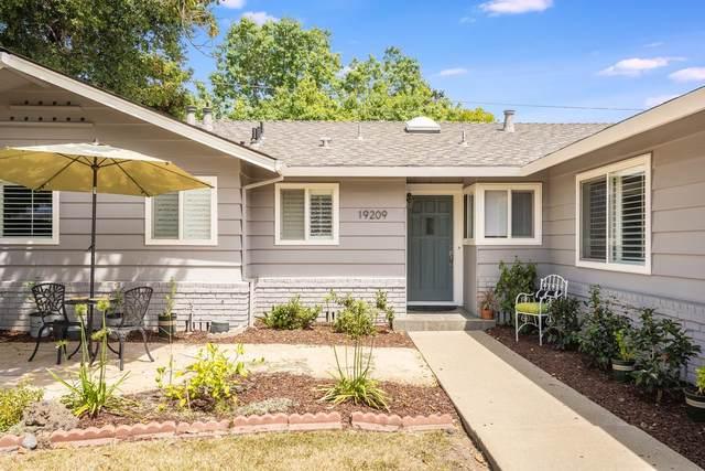 19209 Brookview Dr, Saratoga, CA 95070 (#ML81805925) :: Schneider Estates