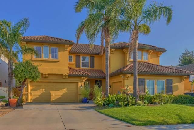 546 Wimbledon Ave, Salinas, CA 93906 (#ML81809042) :: Real Estate Experts