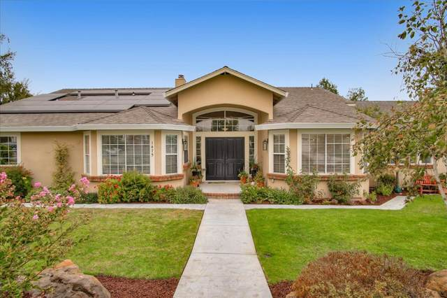 1475 Sonnys Way, Hollister, CA 95023 (#ML81810321) :: The Sean Cooper Real Estate Group