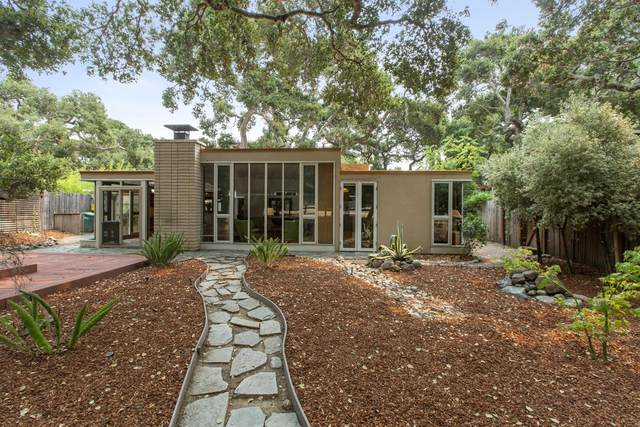 11 Camino De Travesia, Carmel Valley, CA 93924 (#ML81810347) :: Alex Brant