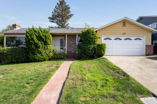 617 Hobart Ave, San Mateo, CA 94402 (#ML81811717) :: The Gilmartin Group