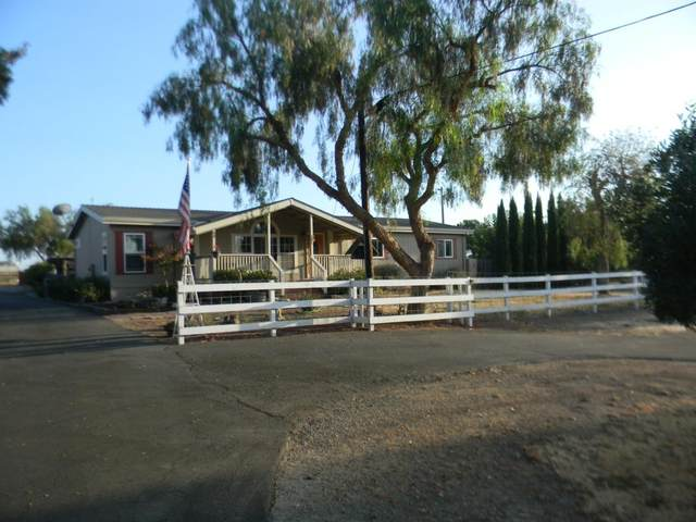 1201 Spring Grove Rd, Hollister, CA 95023 (#ML81811719) :: The Realty Society