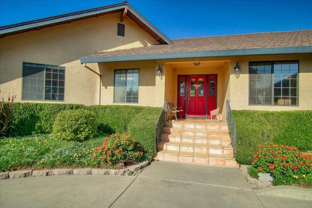 7701 Fairview Rd, Hollister, CA 95023 (#ML81811749) :: The Kulda Real Estate Group
