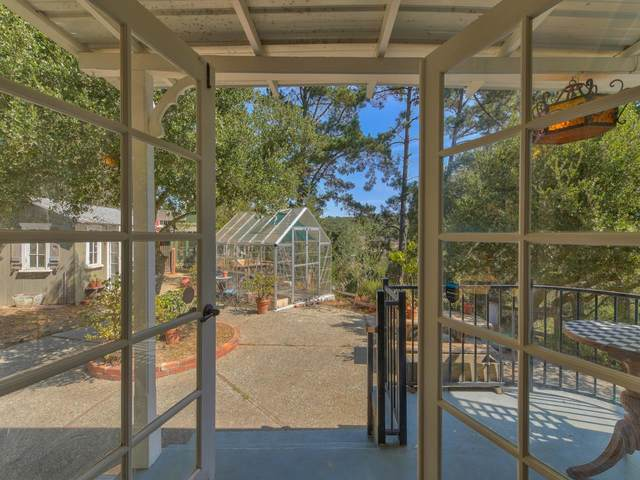19070 Oak Heights Dr, Salinas, CA 93907 (#ML81811770) :: The Sean Cooper Real Estate Group