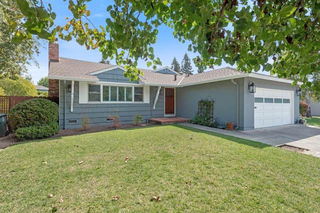 1951 Palm Ave, Redwood City, CA 94061 (#ML81812169) :: The Kulda Real Estate Group
