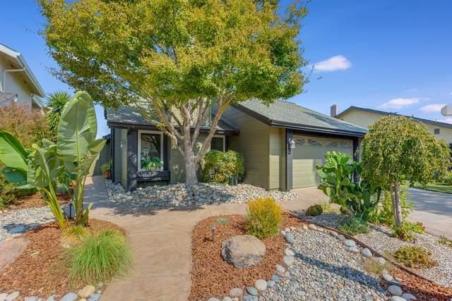 2371 Apsis Ct, San Jose, CA 95124 (#ML81812447) :: Real Estate Experts
