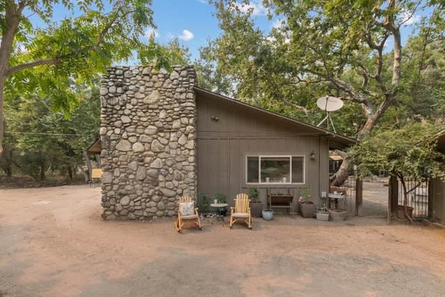 20775 Cachagua Rd, Carmel Valley, CA 93924 (#ML81812826) :: Strock Real Estate