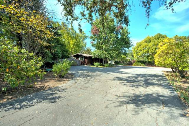 3980 El Cerrito Rd, Palo Alto, CA 94306 (#ML81812977) :: The Kulda Real Estate Group