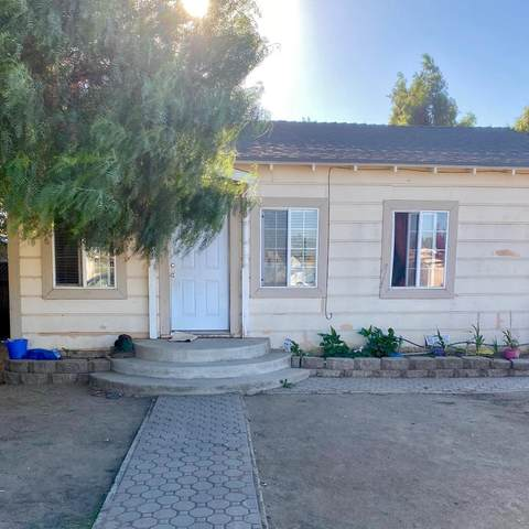 305 7th St, Greenfield, CA 93927 (#ML81816113) :: The Realty Society