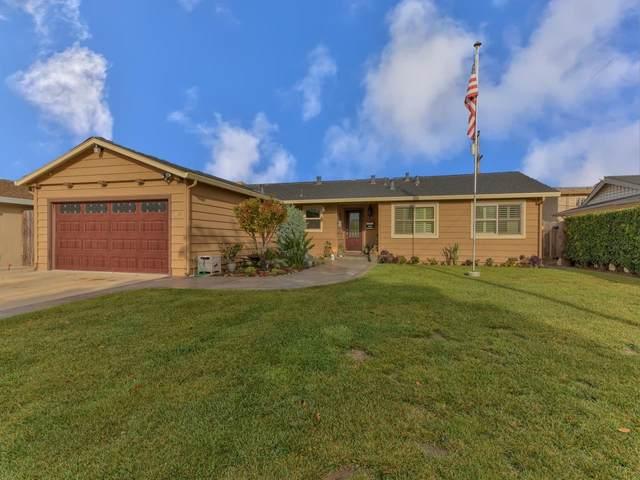 890 San Simeon Dr, Salinas, CA 93901 (#ML81816437) :: Schneider Estates