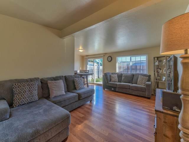 211 Navajo Dr, Salinas, CA 93906 (#ML81816860) :: The Goss Real Estate Group, Keller Williams Bay Area Estates