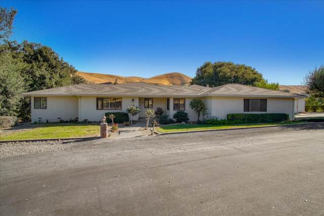 9581 Airline Hwy, Tres Pinos, CA 95075 (#ML81816861) :: Robert Balina | Synergize Realty
