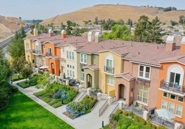 373 Esfahan Ct, San Jose, CA 95111 (#ML81817543) :: Schneider Estates