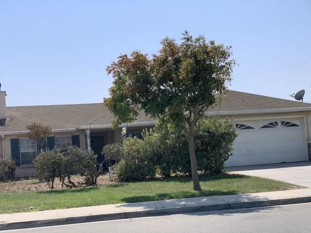 834 Estrella St, Soledad, CA 93960 (#ML81817677) :: The Goss Real Estate Group, Keller Williams Bay Area Estates