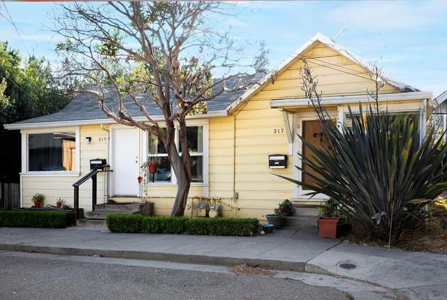 215 Roberts St, Santa Cruz, CA 95060 (#ML81817766) :: The Realty Society