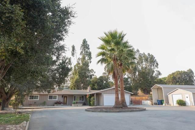 28545 Chualar Canyon Rd, Chualar, CA 93925 (#ML81819089) :: The Gilmartin Group