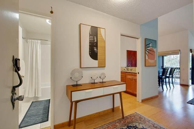 3299 La Mesa Dr 10, San Carlos, CA 94070 (#ML81819826) :: Schneider Estates