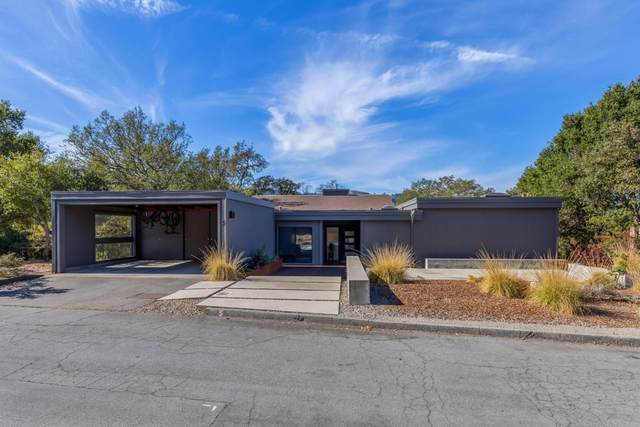 5 Pomponio Ct, Portola Valley, CA 94028 (#ML81820065) :: Schneider Estates