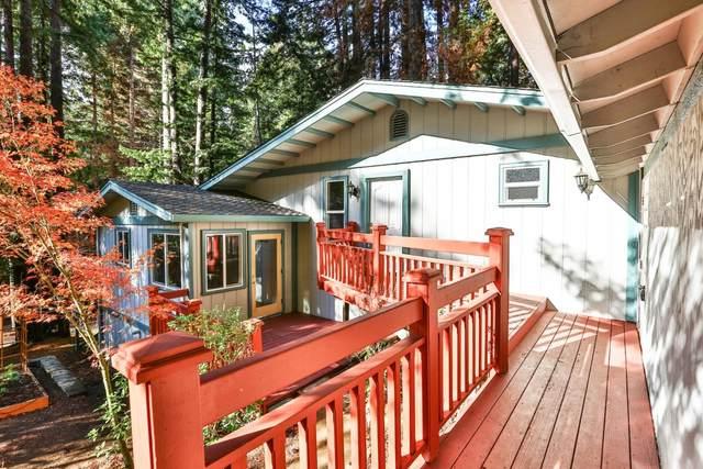 371 Dogwood Way, Boulder Creek, CA 95006 (#ML81821206) :: The Kulda Real Estate Group