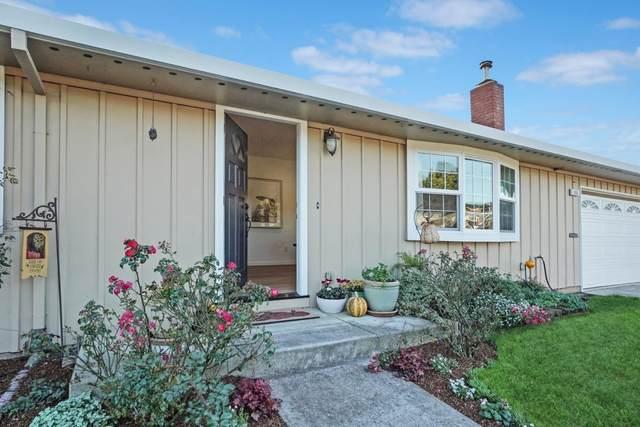 1006 Bancroft Ave, Half Moon Bay, CA 94019 (#ML81821263) :: The Goss Real Estate Group, Keller Williams Bay Area Estates
