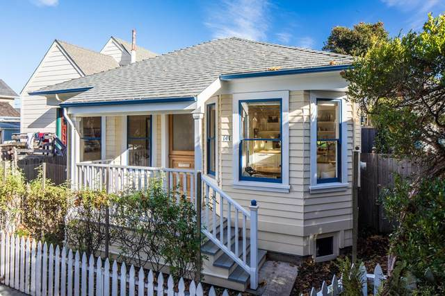 141 Caledonia Ave, Pacific Grove, CA 93950 (#ML81821842) :: The Kulda Real Estate Group