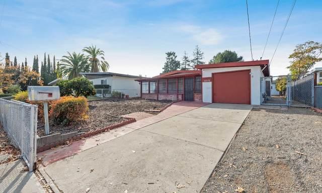 15575 El Gato Ln, Los Gatos, CA 95032 (#ML81822057) :: The Sean Cooper Real Estate Group