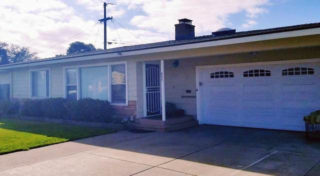 637 Rochex Ave, Salinas, CA 93906 (#ML81822083) :: Real Estate Experts