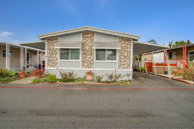 789 Green Valley Rd 52, Watsonville, CA 95076 (#ML81823282) :: Olga Golovko