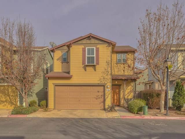 665 Gardenia Pl, Soledad, CA 93960 (#ML81825198) :: Real Estate Experts