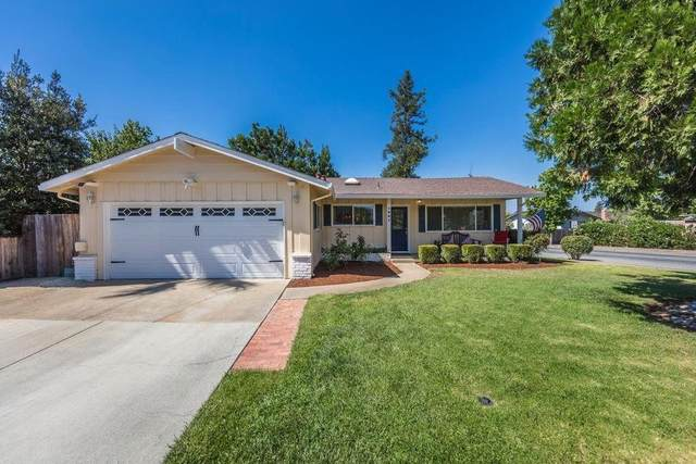 1301 3rd St, Gilroy, CA 95020 (#ML81825623) :: The Sean Cooper Real Estate Group