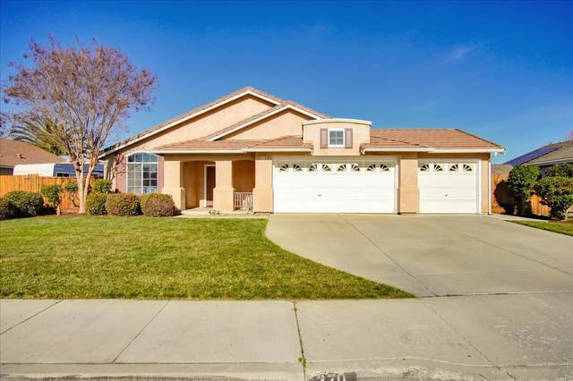 370 Mary Dr, Hollister, CA 95023 (#ML81825667) :: Schneider Estates