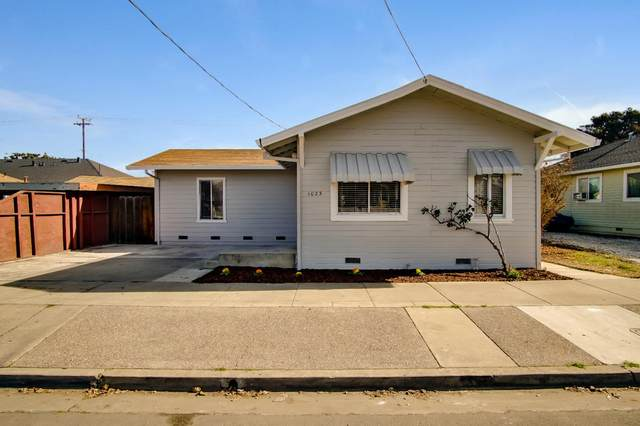 1023 Victoria St, Hollister, CA 95023 (#ML81825924) :: Strock Real Estate