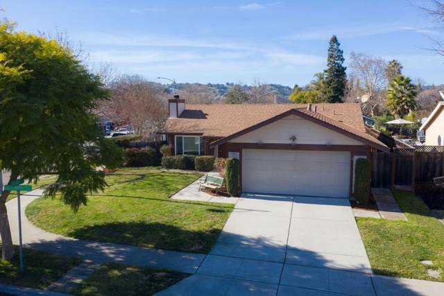 9165 Jacaranda Way, Gilroy, CA 95020 (#ML81826006) :: The Sean Cooper Real Estate Group