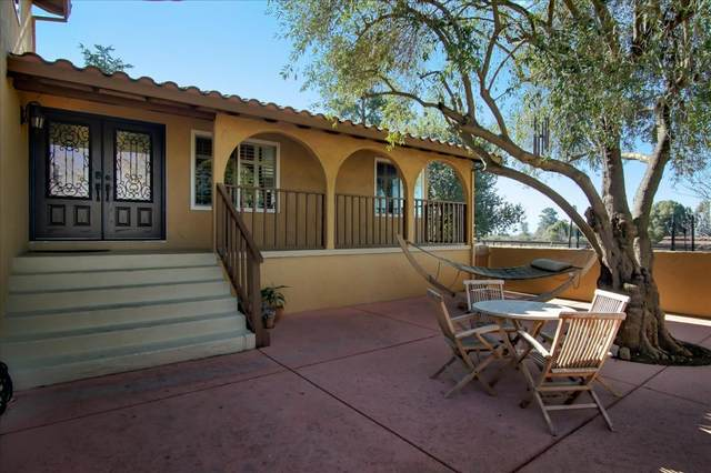 221 Mcmahon Rd, Hollister, CA 95023 (#ML81826106) :: Real Estate Experts